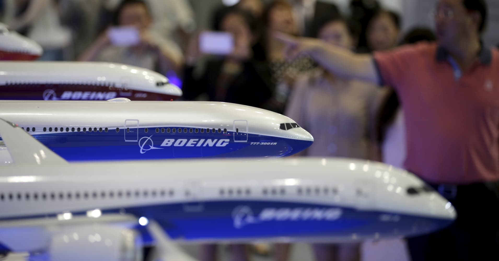 If you invested $1,000 in Boeing 10 years ago, here's how much you'd have now