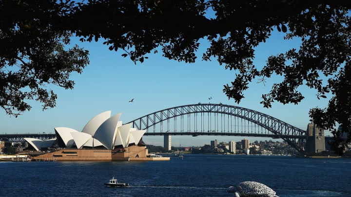 Qantas wants non-stop long haul flights to Sydney, Australia.