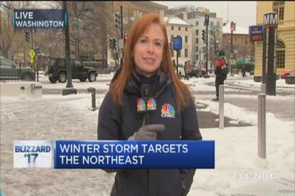 DC takes snow in stride