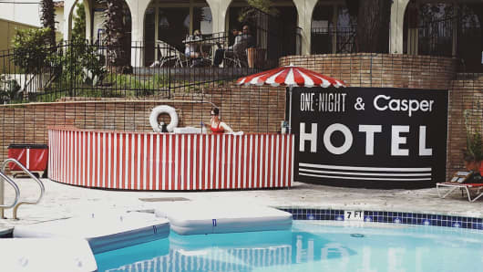 The ONE:NIGHT & Casper Hotel experience took place at the Austin Motel in Austin, Texas.