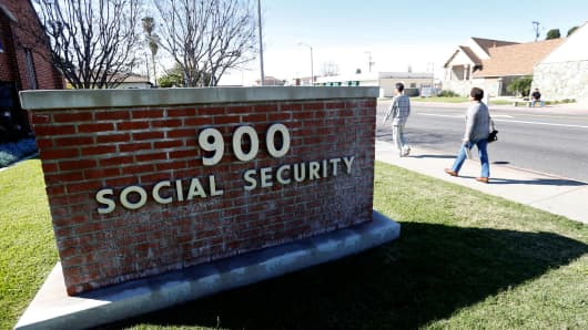 Social Security projects biggest payment hike in years