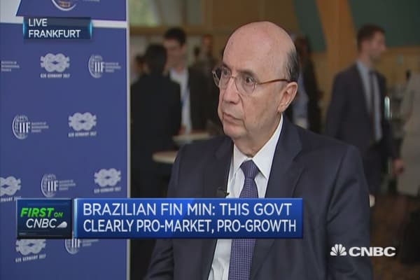 Exchange rate reflecting decrease in Brazil risk: FinMIn