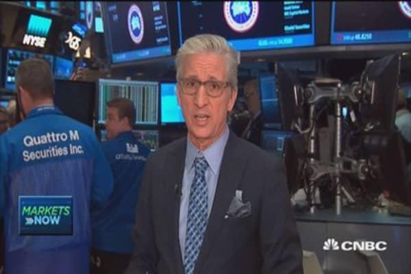 Pisani's markets open: Tech, financials lead