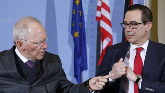 U.S. Treasury Secretary Steve Mnuchin and German Finance Minister Wolfgang Schauble in Berlin, Germany, March 16, 2017.