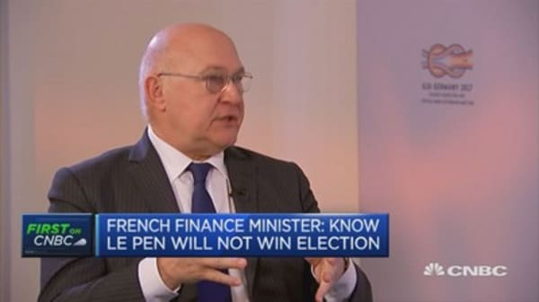 French Fin Min: Know Le Pen will not win election