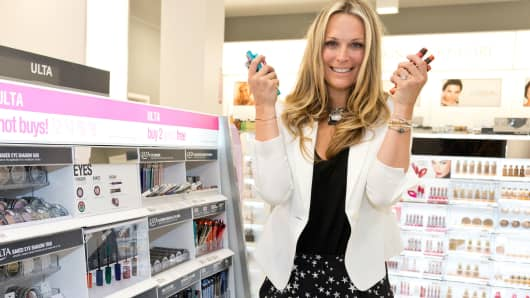 Molly Sims attends store opening at an ULTA Beauty store in Philadelphia.