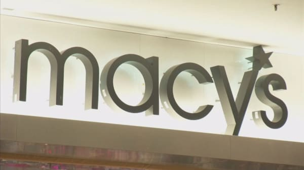 A big threat to Macy's...gets even bigger