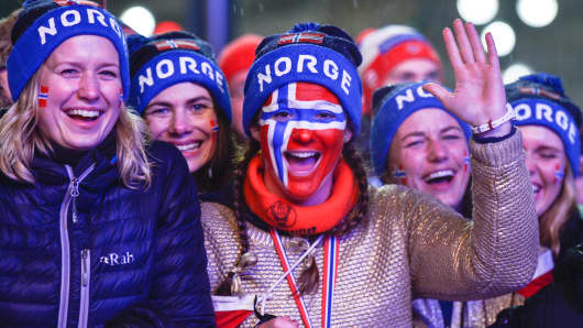 Norwegian fans celebrate