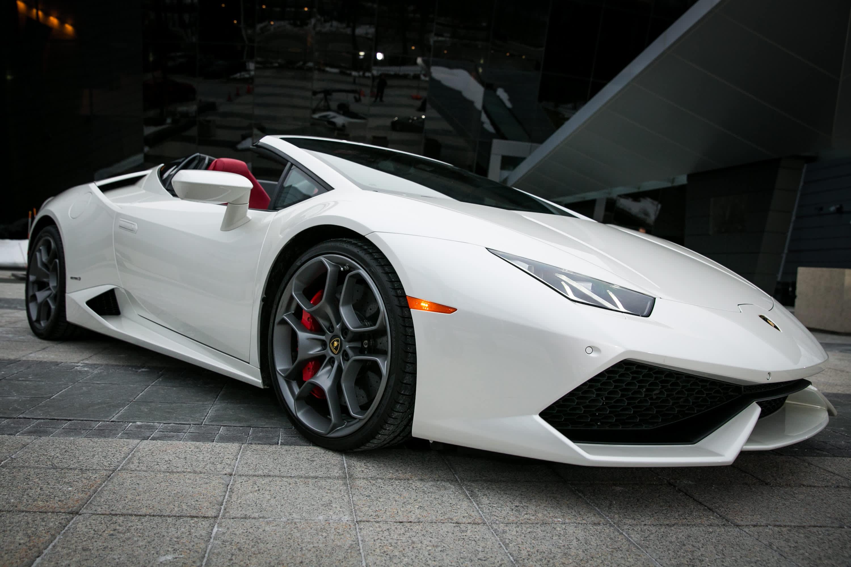 Lamborghinis Huracan Successor Will Be A Hybrid