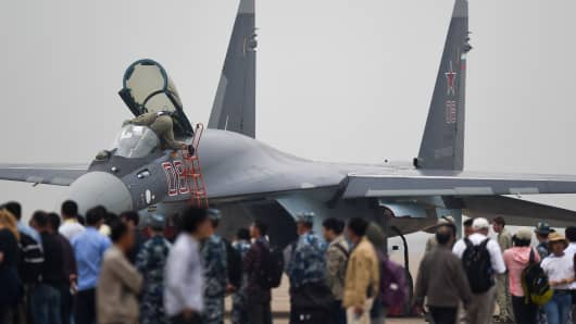 A Sukhoi SU-35 fighter jet is displayed before a test flight ahead of the Airshow China 2014 in Zhuhai, South China's Guangdong province on November 10, 2014.