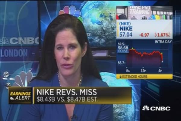 Nike Q3 EPS beats, revenue misses