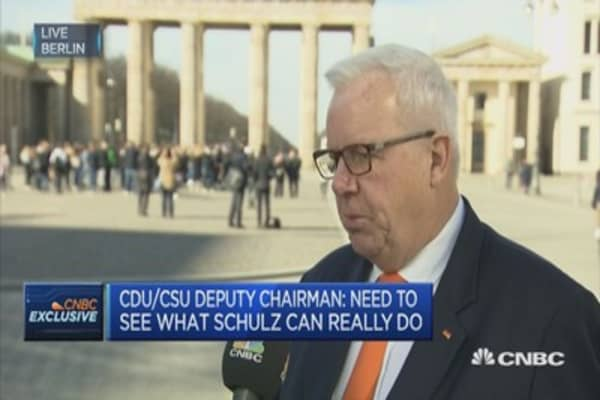 We have a trade surplus - but also lots of FDIs - with the US: CDU/CSU Deputy Chair
