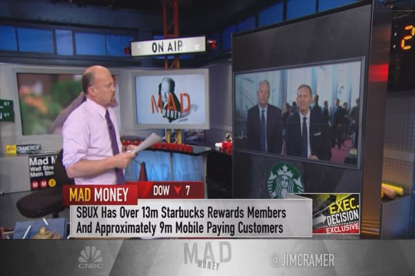 Starbucks CEO Schultz weighs in on employment: 'We can't wait for Washington'