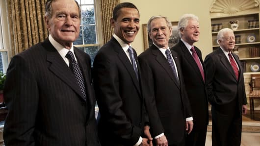 n the oval office, Former President George Bush., President-elect Barack Obama, President George W. Bush, former Presidents Bill Clinton and Jimmy Carter, Washington, D.C., January 7, 2009.