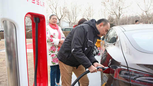 A Tesla supercharging station in Tianjin, China.