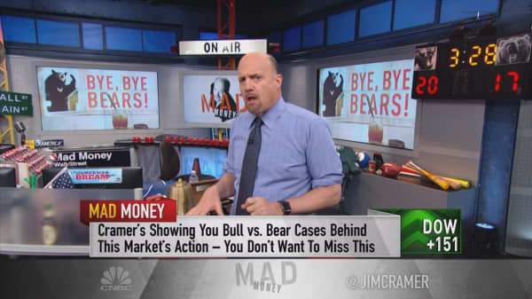 Cramer: Time to unfollow the president and focus on the facts