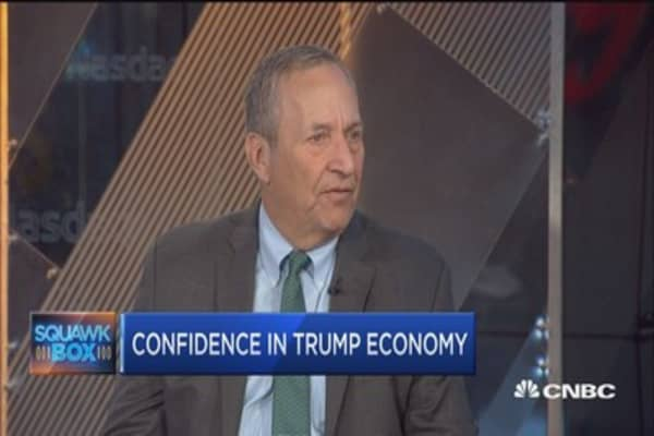 Larry Summers: No data suggesting we're moving toward 3-4% growth