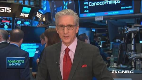 US stocks open flat after key economic data