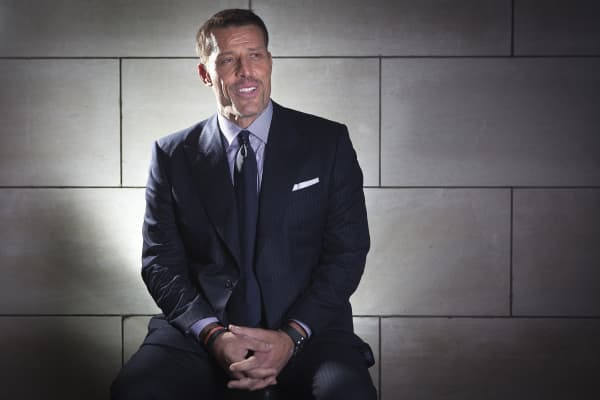 Author and motivational speaker Tony Robbins.