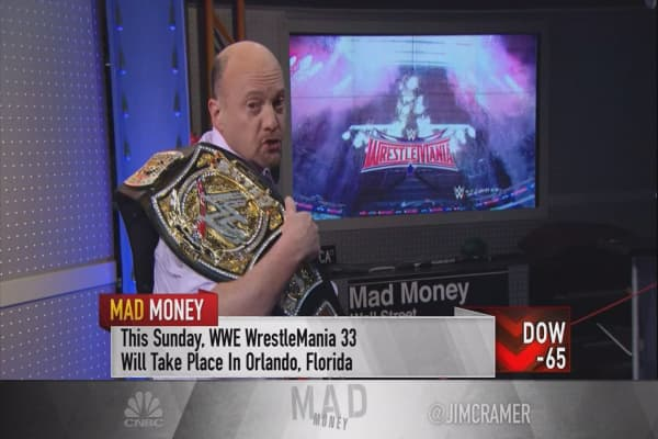Cramer: When it comes to sports media, WWE is the heavyweight champion