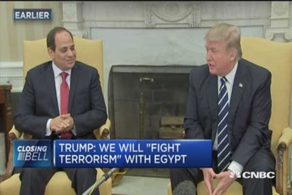 Trump: We will 'fight terrorism' with Egypt