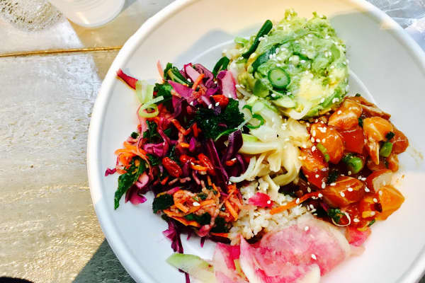 There's no way I'd be able to replicate this salmon poke bowl