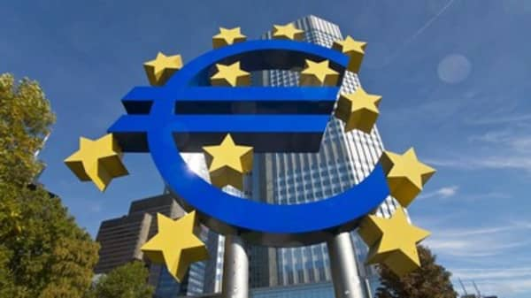The monetary policy debate between Germany and the ECB is affecting the Euro
