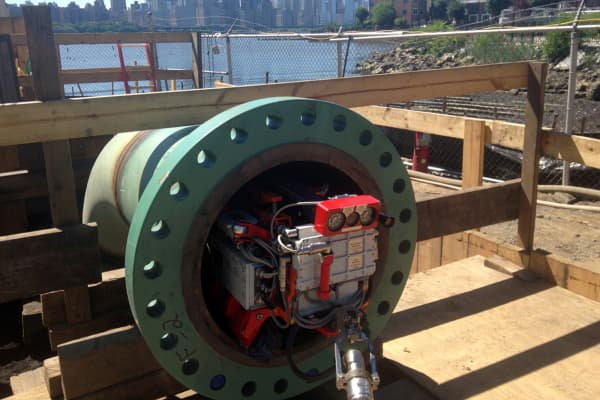 Diakont's robot recently inspected a major pipeline that runs under the Hudson River.