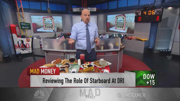 Cramer taste-tests the restaurant industry with these two popular chains