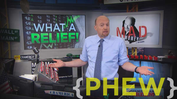 Cramer Remix: How Tesla's haters could get run over