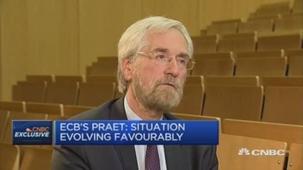 Euro zone economy not at escape velocity: ECB's Praet