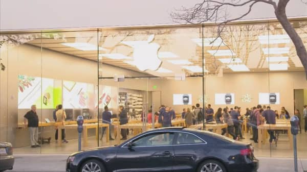 One Drexel Hamilton analyst says the next iPhone will be delayed
