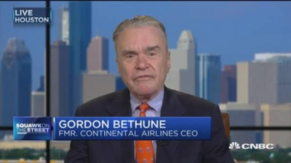 Former Continental CEO: Denied boarding usually handled with more maturity