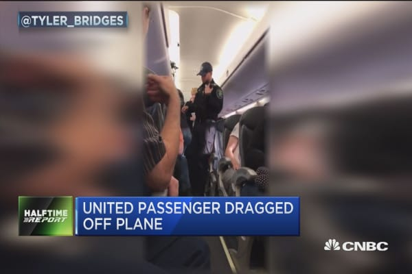 United CEO: This is an upsetting event to all of us here at United