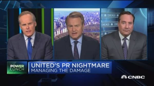 Expert: United Airlines will be the 'brunt of jokes'