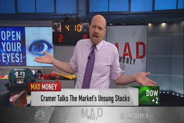 Cramer wakes the market's sleeping giants that are actually offering massive gains