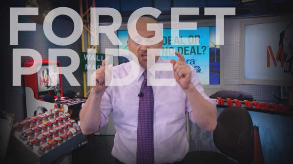 Cramer Remix: This utility should swallow its pride before it gets pounded