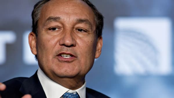 Oscar Munoz, chief executive officer of United Continental Holdings
