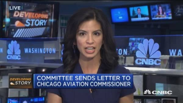 Senate Commerce Committee seeks info on United situation