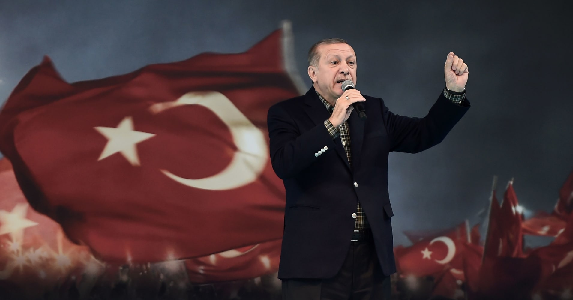 Lira hits all-time low as Erdogan tells Turks 'they have their dollar, we have our god'