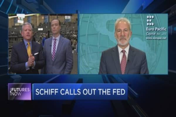 Trader slams Schiff on gold, the market