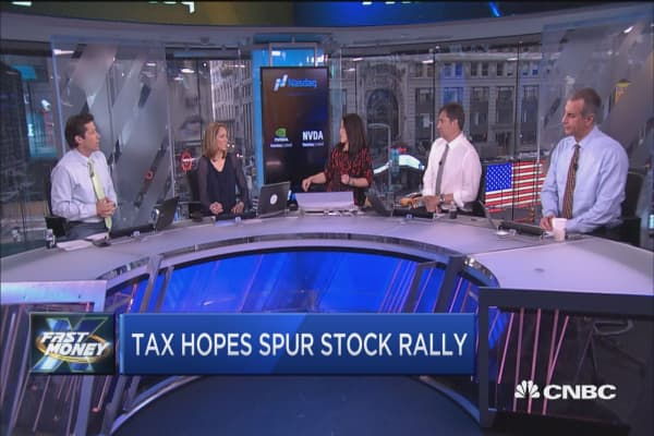 Tax hopes spur stock rally