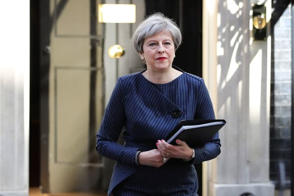 Prime Minister Theresa May makes a statement to the nation in front of 10 Downing Street on April 18, 2017 in London.