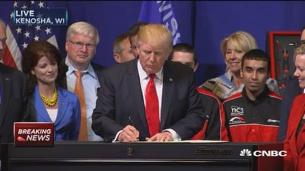 President Trump signs