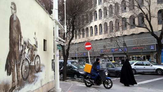A general view of streets in Tehran, Iran on the first anniversary of nuclear deal between Iran and world powers on January 16, 2017.