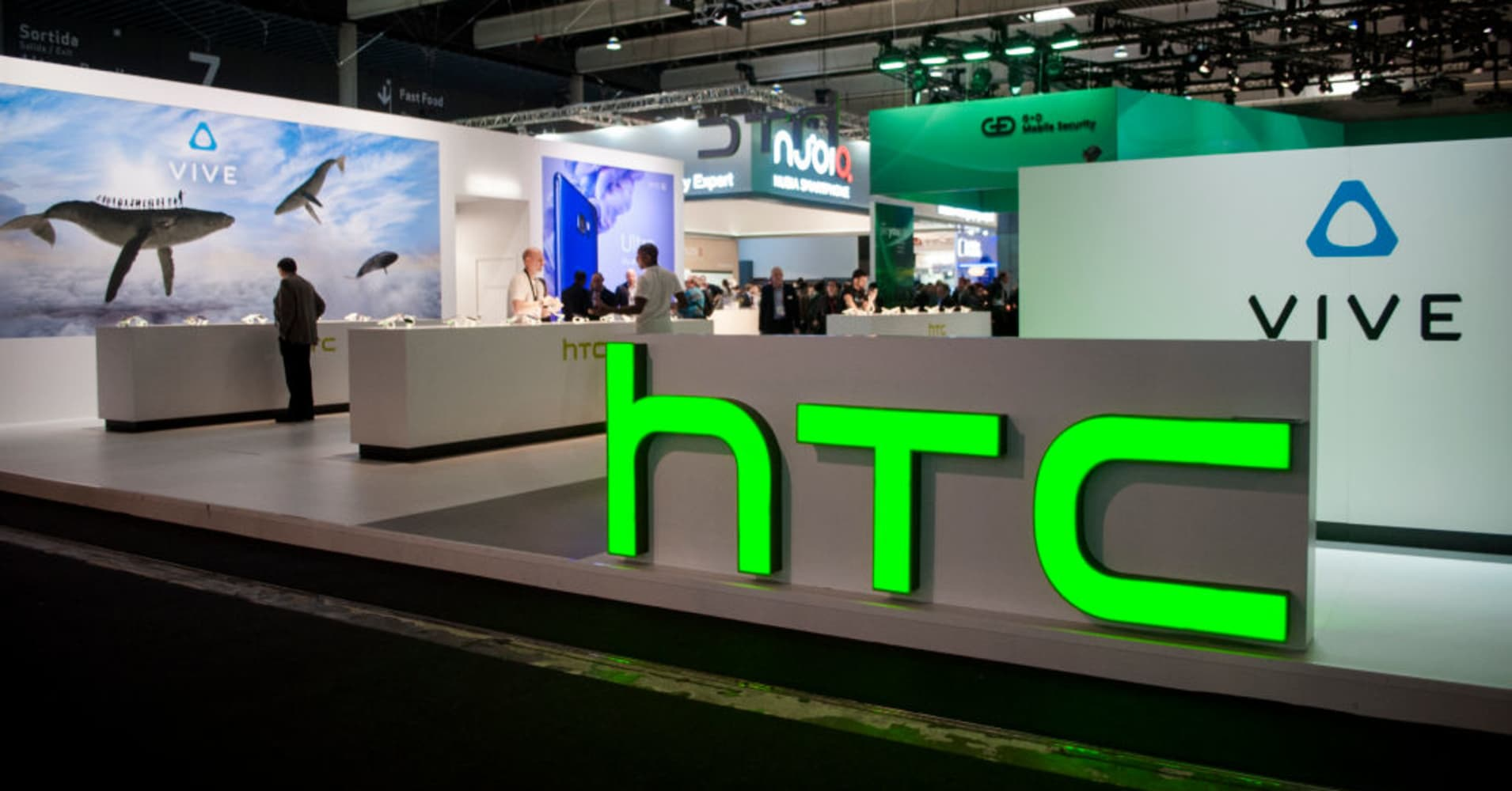 Htc Cuts 1500 Workers In Taiwan