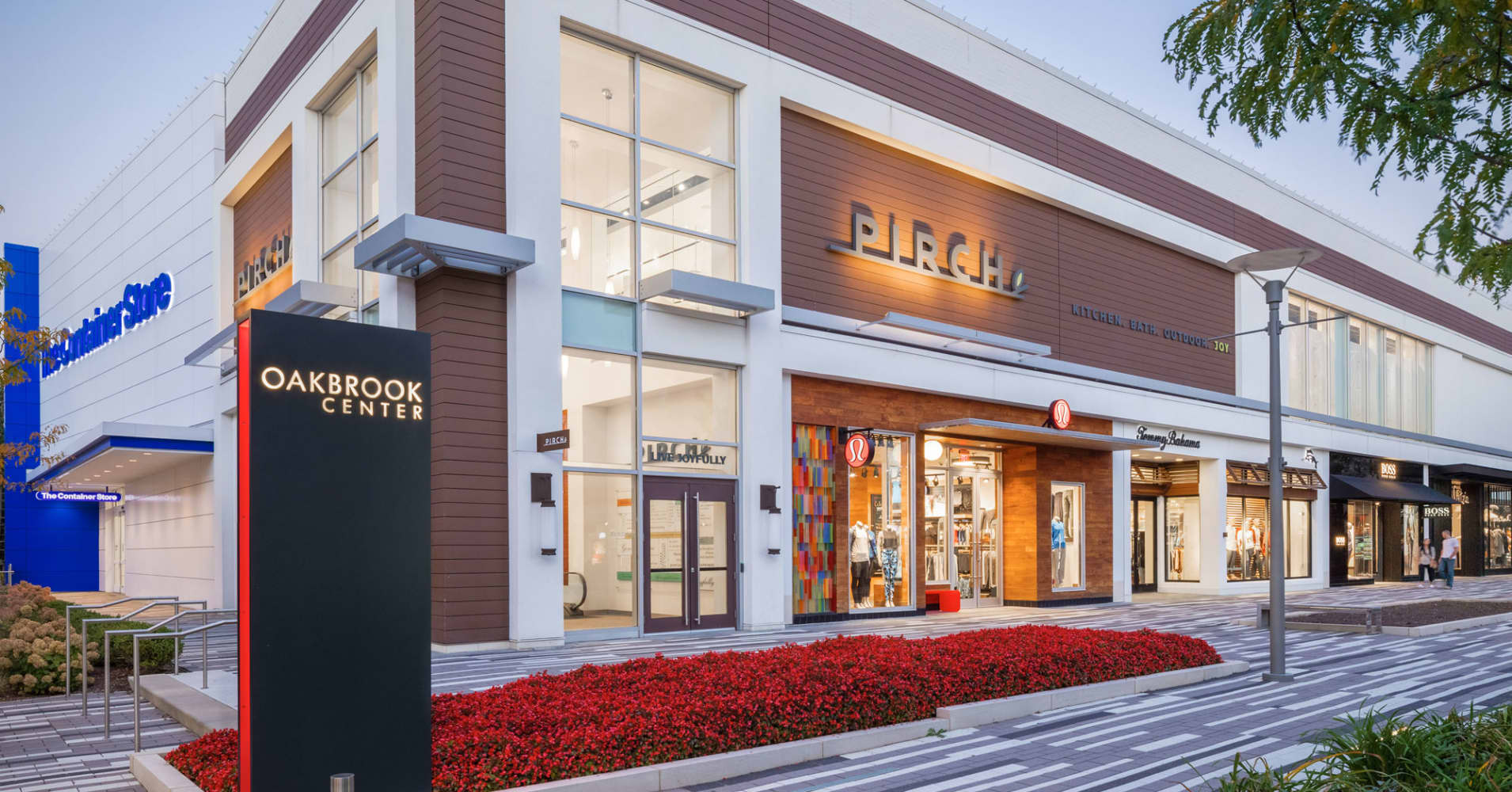 Some Mall Operators Are Turning Store Closures Into Higher Rents