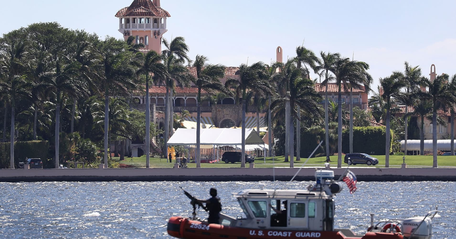 Trump 39 s visits to mar a lago may be hurting palm beach - Mar real estate ...