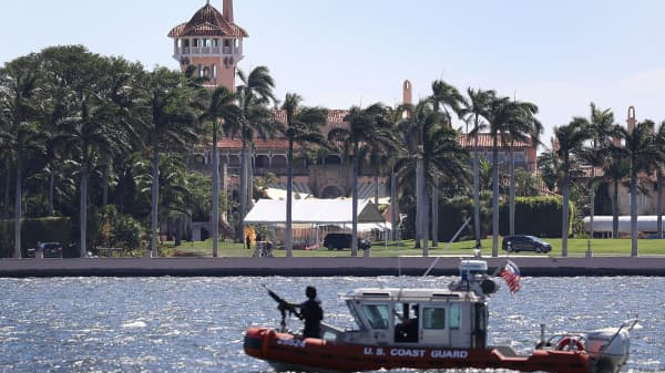 A Coast Guard boat is seen patrolling in front of the Mar-a-Lago Resort where President Donald Trump held meetings with Chinese President Xi Jinping on April 7, 2017 in Palm Beach, Florida.