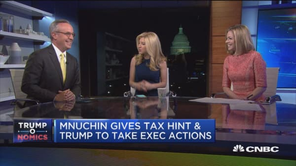 Mnuchin gives tax hint & Trump to take executive actions